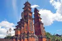 biggest temple architecture