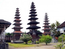 meru temple lombok island