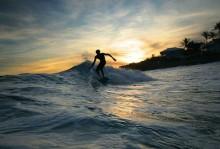 surf in senggigi lombok