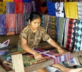 handycraft-pringgasela-village-lombok