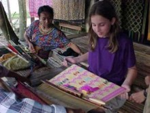 weaving sukarara village